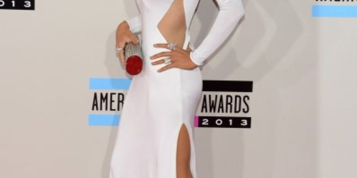 El impactante cambio de Christina Aguilera de los AMA 2012 a 2013