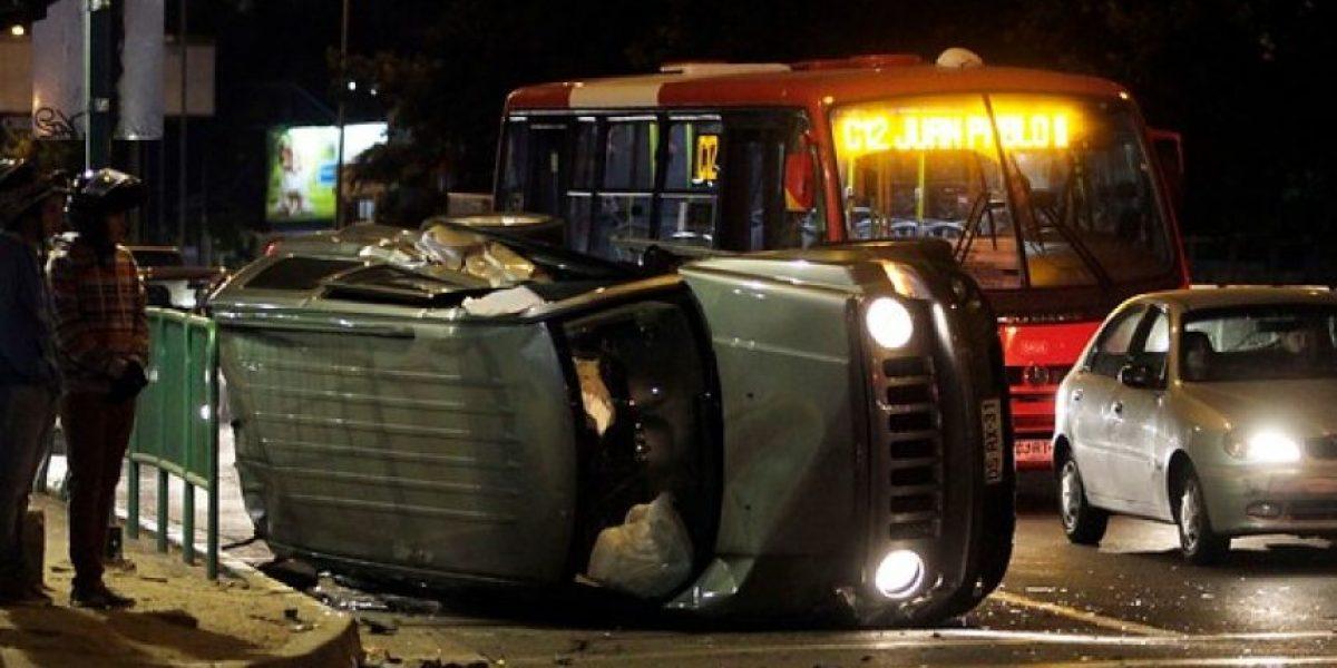 FOTOS: Choque involucra a tres autos en avenida Las Condes con Estoril