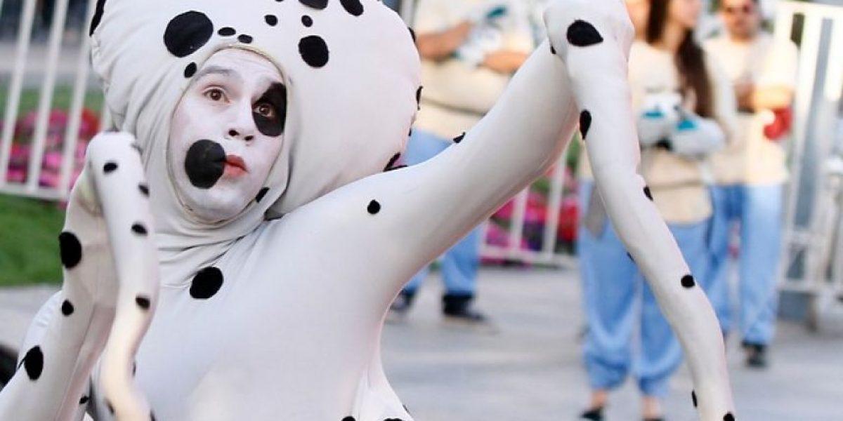 GALERIA: Globos gigantes invadieron Plaza Baquedano en la antesala de lo que será Paris Parade 2013