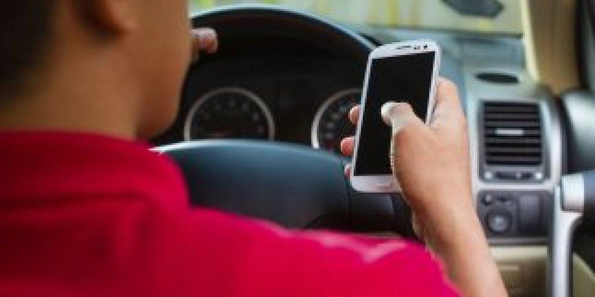 Innovadora medida para atacar a quienes textean en el auto