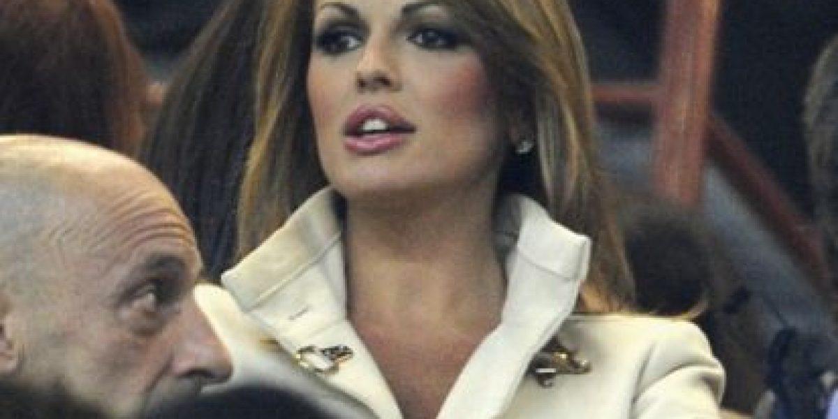 [FOTOS] Francesca Pascale, la novia de Berlusconi que quiere una audiencia con el Papa