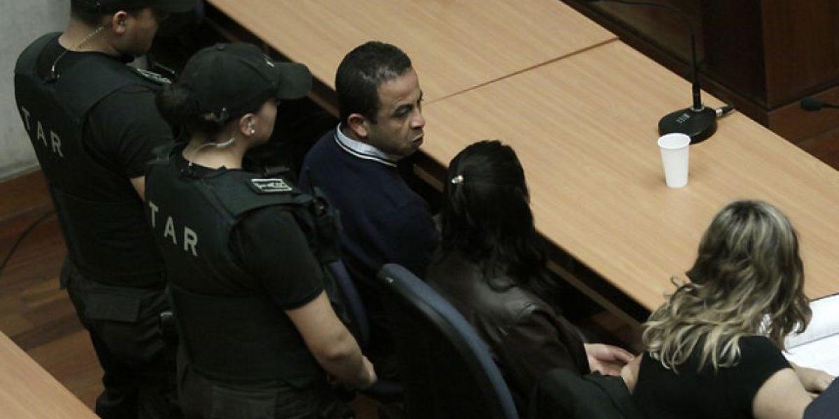 Duras imágenes tras fallo que declaró culpables a ex auxiliares del Colegio Apoquindo