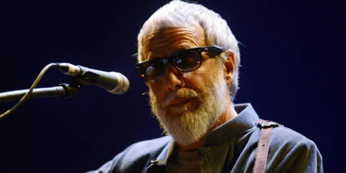 Cat Stevens emocionó en su debut en Chile