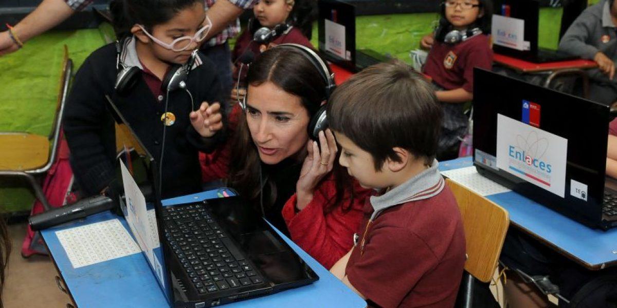 Presentan el primer texto digital del sistema escolar chileno