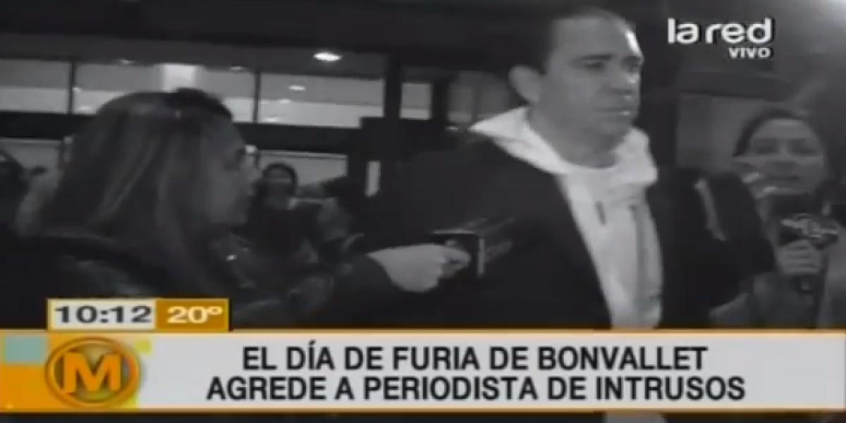 Eduardo Bonvallet vive su día de furia y golpea a periodista de La Red
