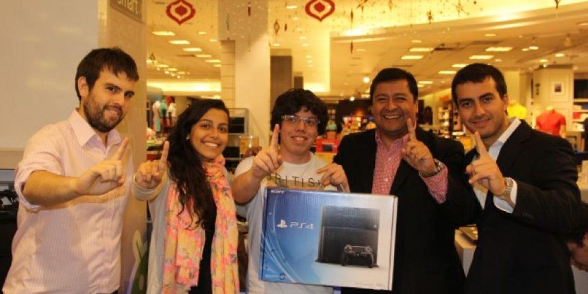 Así se vivió el lanzamiento del PlayStation 4 en Chile