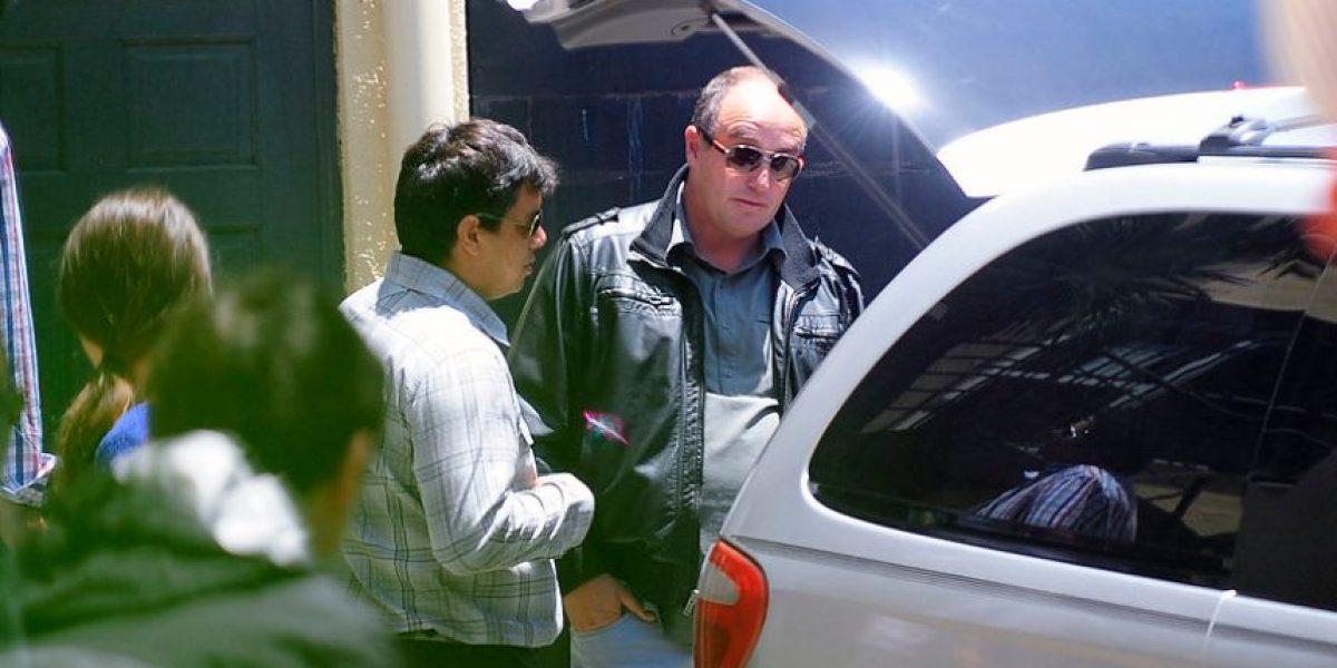 [FOTOS] Muy afectado Javier Margas retiró el cuerpo de su hijo en Valparaíso
