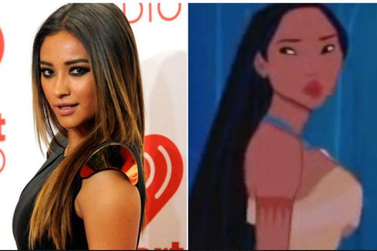 """Foto:Shay Mitchell: Pocahontas (""""Pocahontas"""") Foto: popcrush.com. Imagen Por:"""