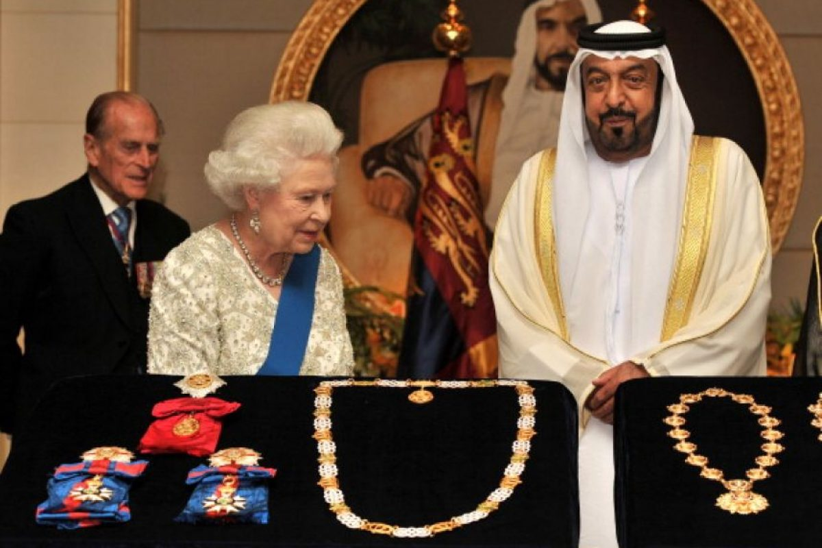 Sheikh Khalifa bin Zayed al-Nahyan, presidente de Abu Dhabi: u$s15 billones. IPC: u$40.000 Foto:Getty Images. Imagen Por: