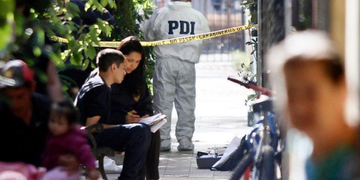 Asesina a su esposa con 35 puñaladas y se suicida en su casa de Independencia