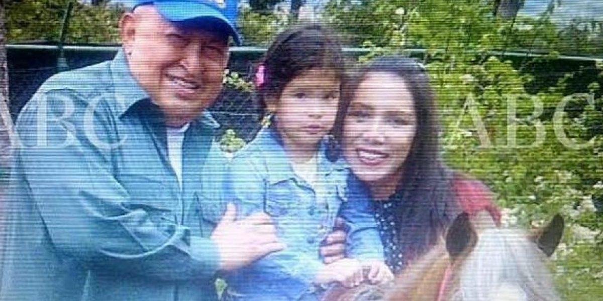 Esta sería la hija no reconocida de Hugo Chávez con una azafata