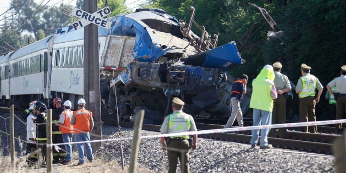 [FOTOS] Devastadoras imágenes del choque entre un tren y un camión en Rancagua