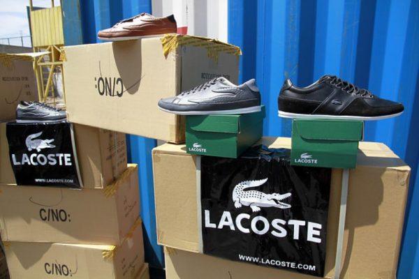 8d2cc18b9c FOTOS  Incautan más de 37 mil pares de zapatillas falsificadas en Iquique