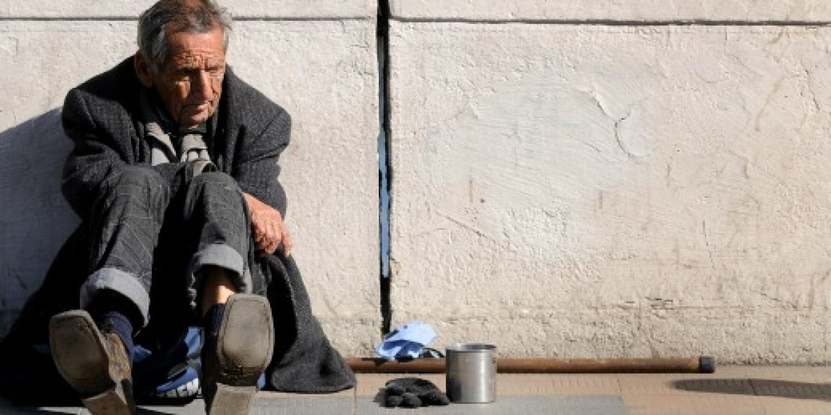 Pobreza en Latinoamérica retrocede, pero cada vez más lento