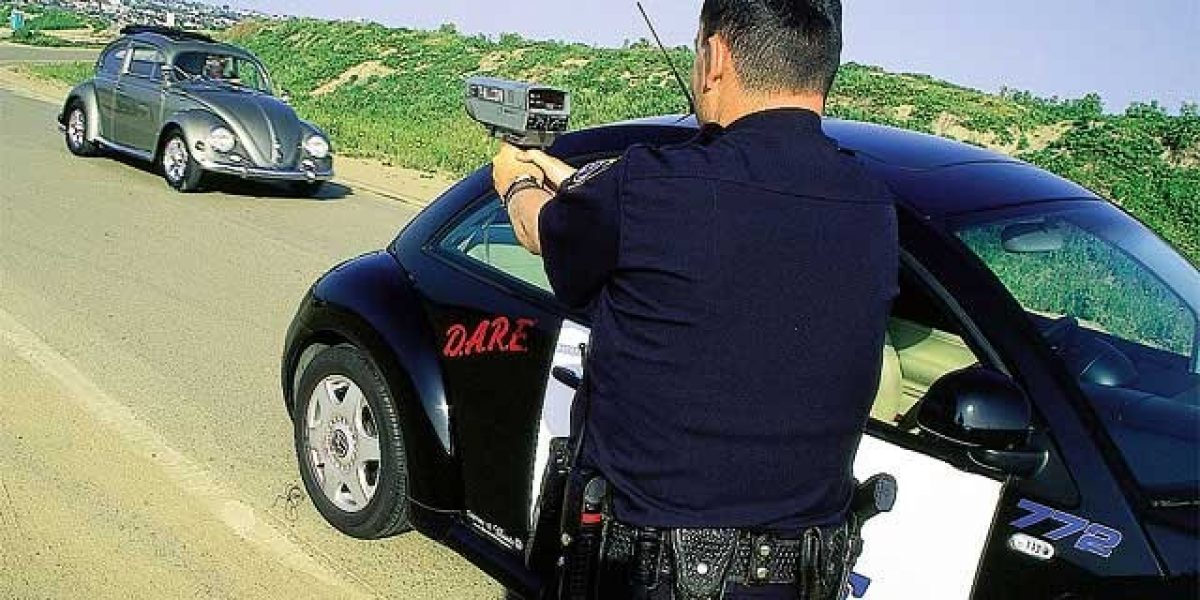 Las pistolas de control de velocidad que detendrán a tu auto