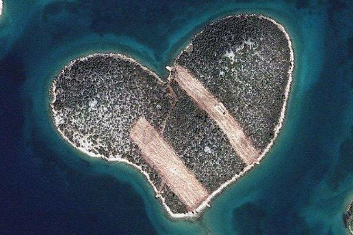 La «isla del amor», en Croacia, es una de las preferidas en el concurso (4.100 «likes») Foto:Digital Globe. Imagen Por: