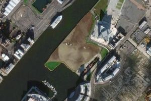 Gigantesca obra de arte en Belfast, Irlanda del Norte (1.200 «likes») Foto:Digital Globe. Imagen Por: