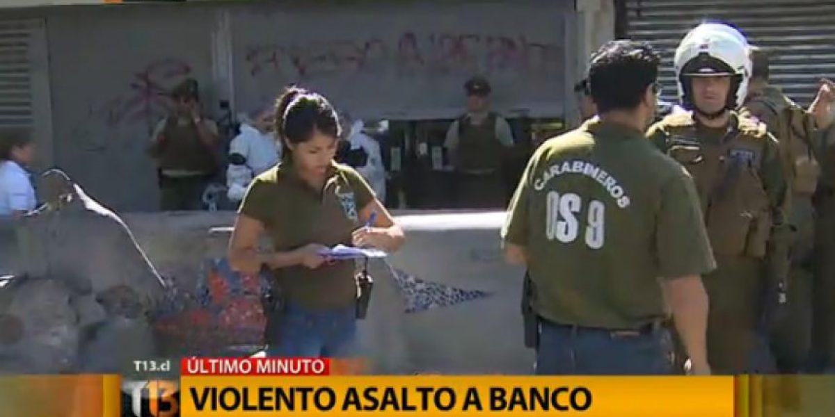 Violento asalto en sucursal bancaria de Pudahuel deja un delincuente muerto