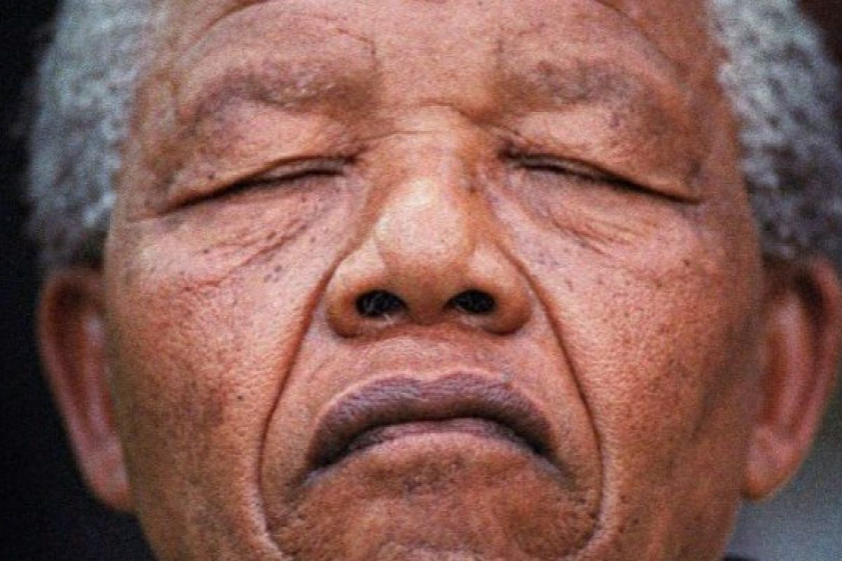 Foto falsa de los restos mortales de Nelson Mandela. Foto:AFP / END. Imagen Por: