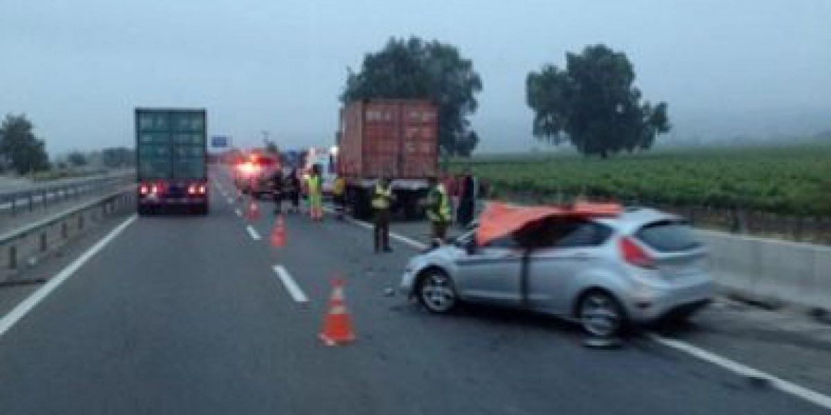 Colisión por alcance en Ruta 68 deja un muerto en el sector de Casablanca