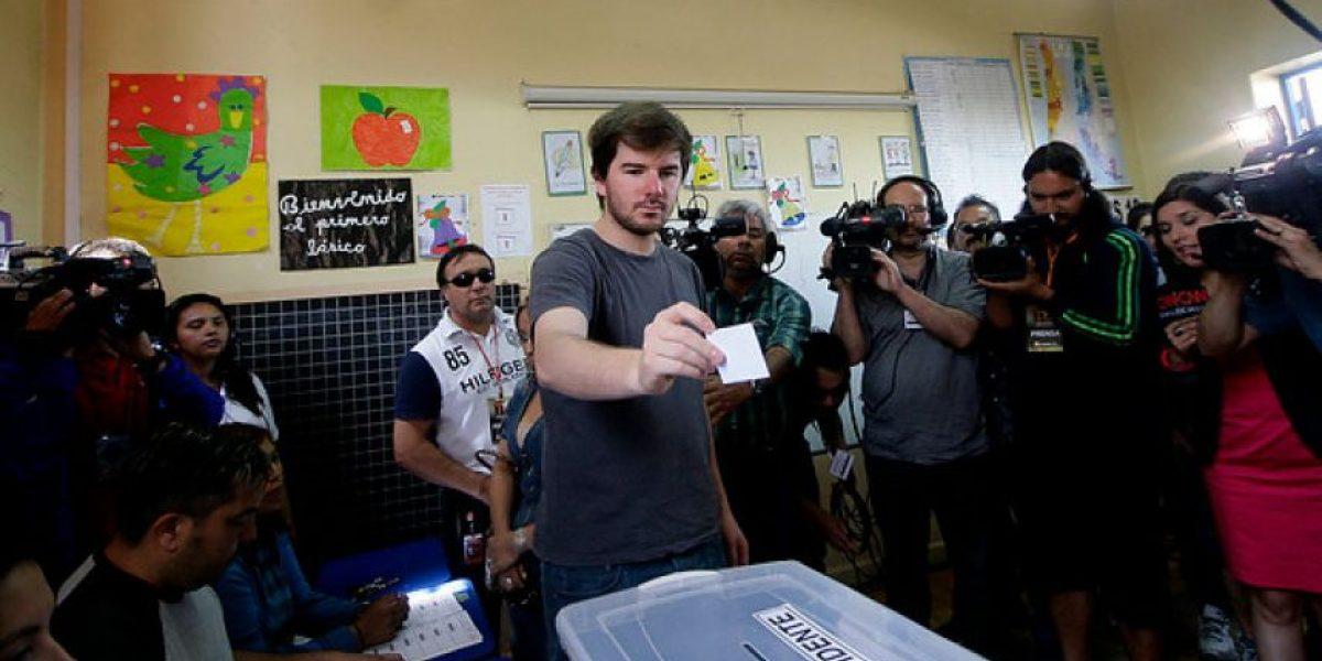Giorgio Jackson llama a votar por Bachelet y a marcar el voto con