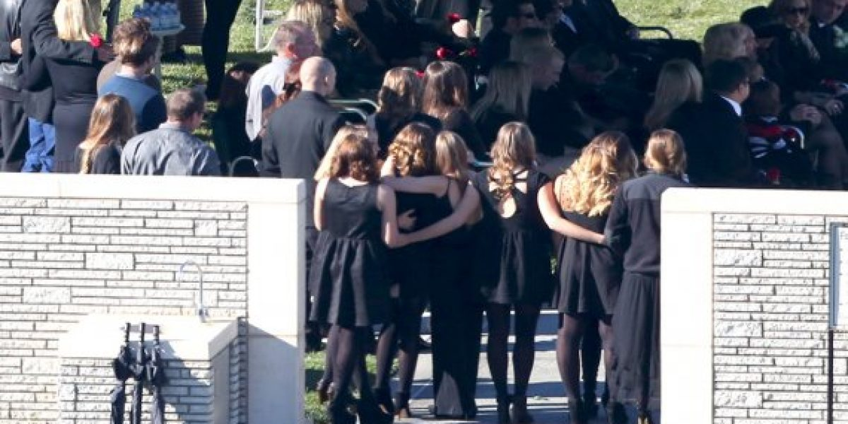 Así fue el funeral de Paul Walker