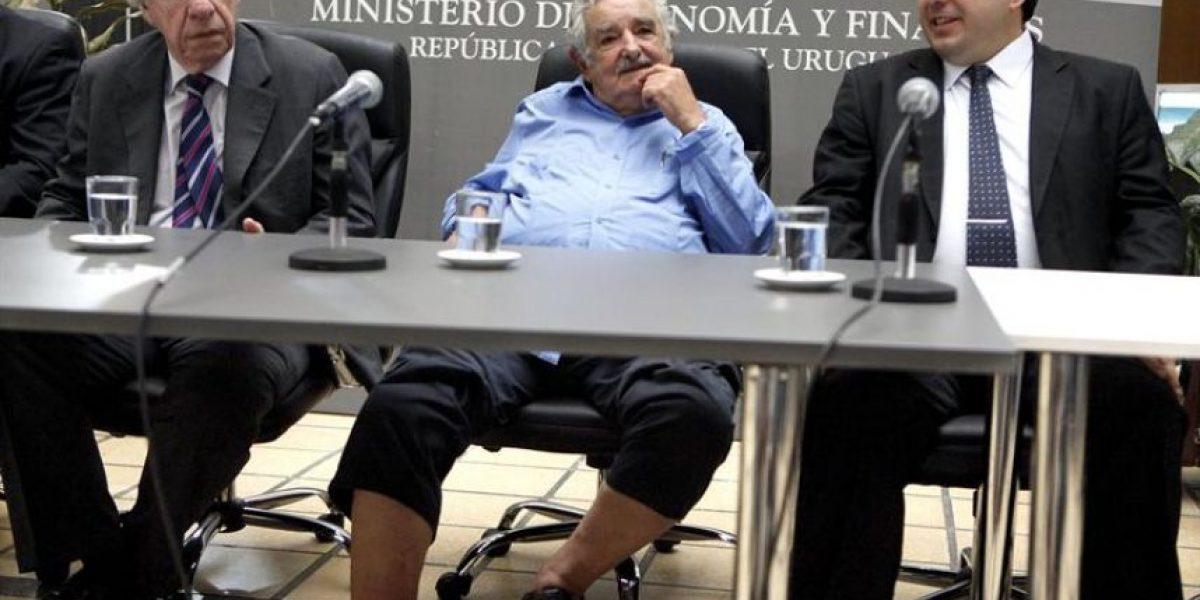 Un relajado Mujica presentó a su nuevo ministro... en sandalias