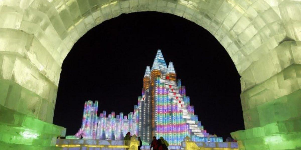 FOTOS: China espera el fin de año con espectaculares castillos de hielo