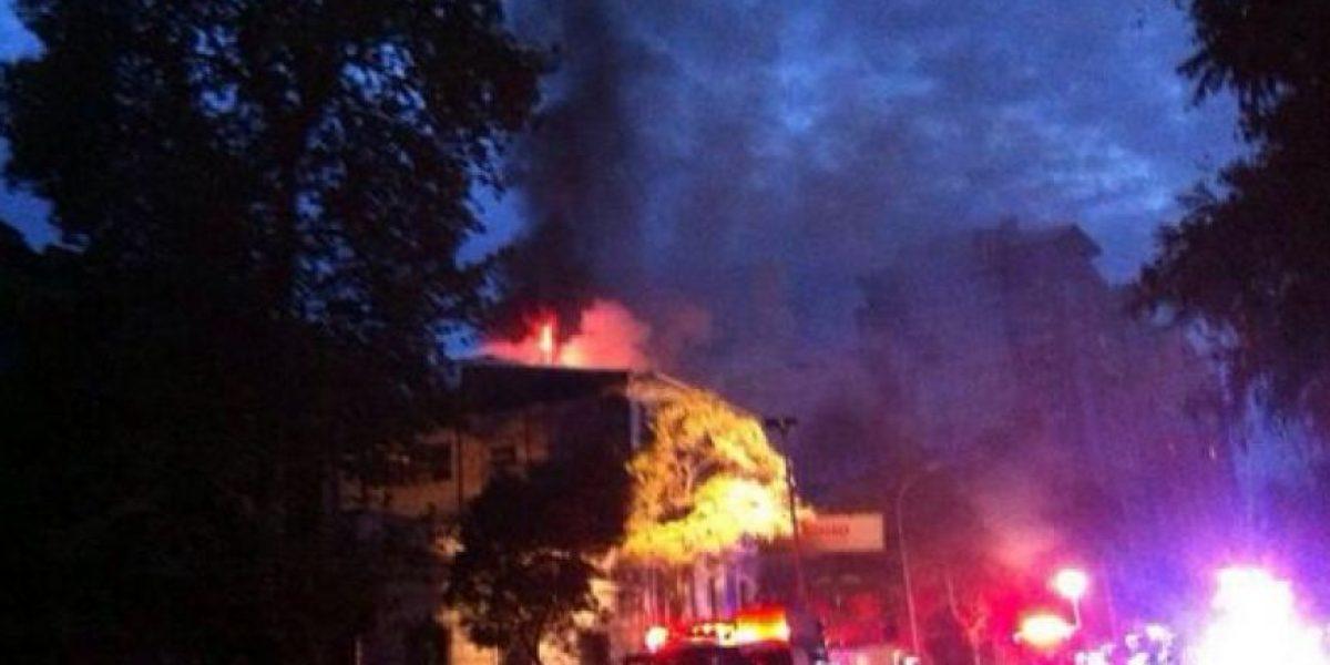 FOTOS: Incendio causa daños cuantiosos en hostal en el sector de Bellavista