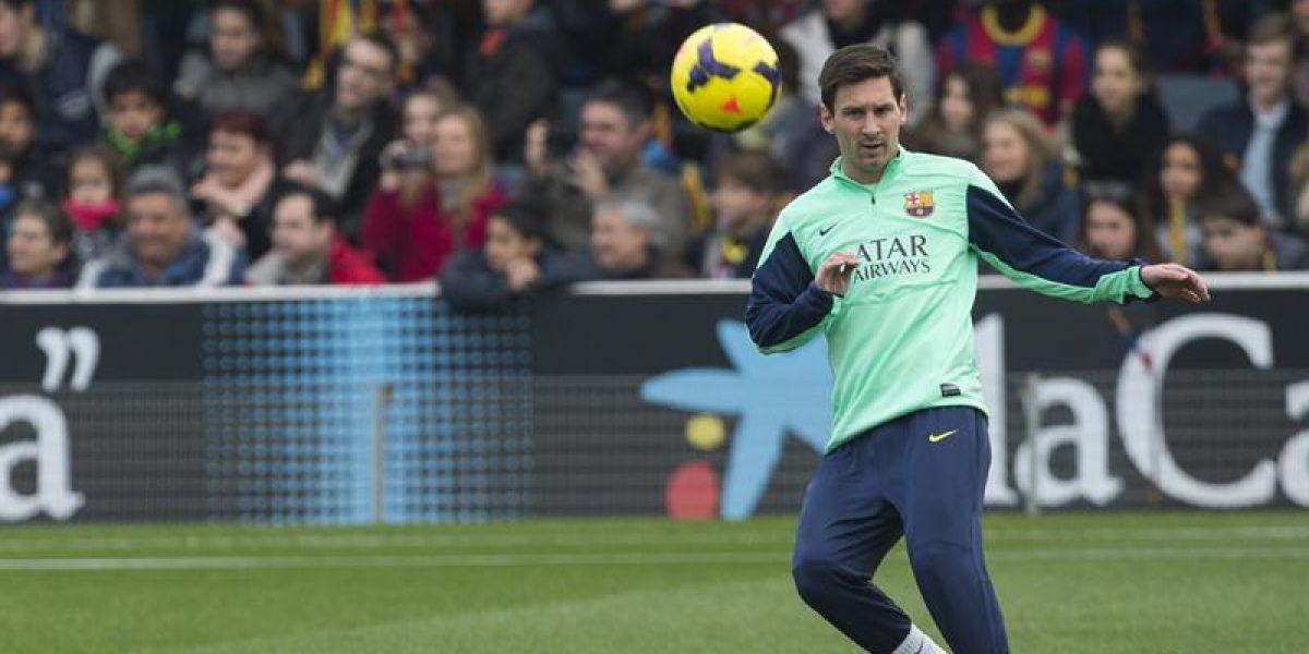 Más de 10 mil hinchas presencian segundo entrenamiento de Lionel Messi