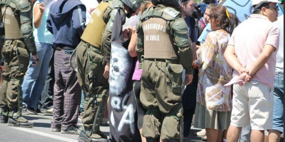 Fotos: Cuatro personas resultaron detenidas en manifestación de Comité No a CCU en Paine