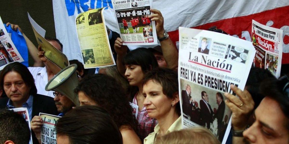 [FOTOS] Alcaldesa Tohá junto a varios políticos encabezaron protesta por cierre de
