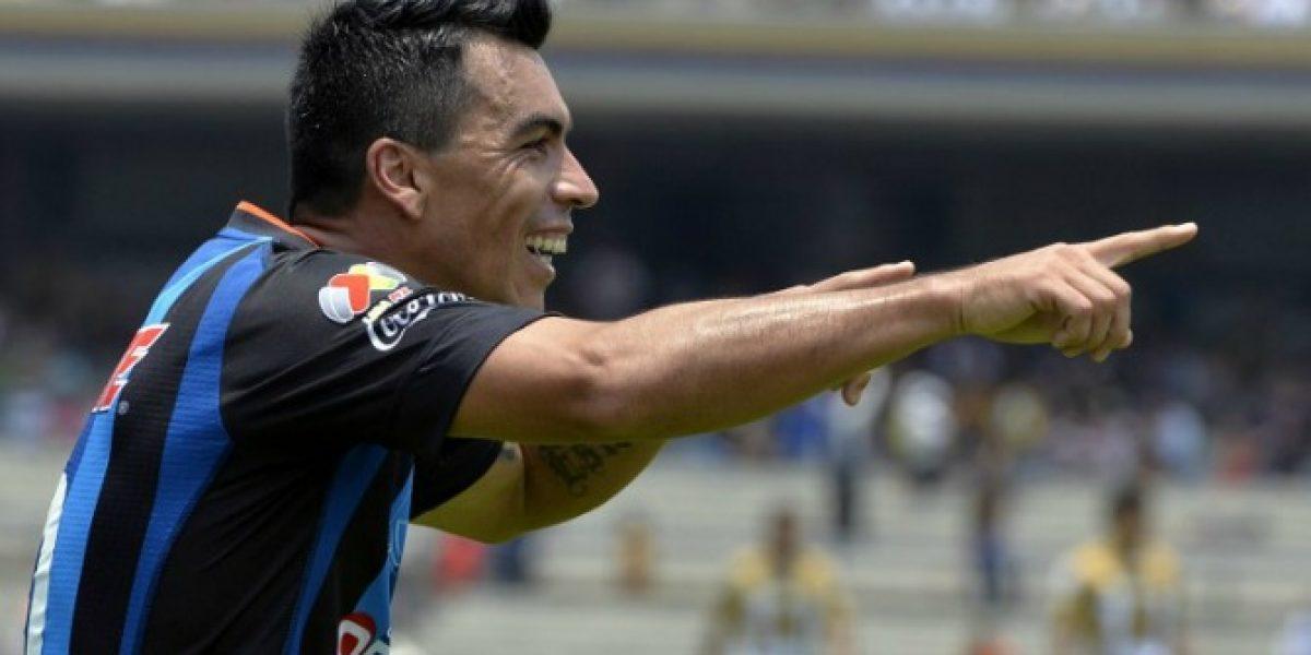 Esteban Paredes más cerca de Colo Colo: Querétaro bajó el precio de su carta