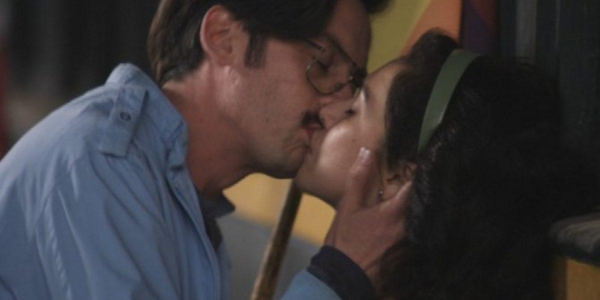 Beso de Ana y Mateo genera opiniones divididas en las redes sociales