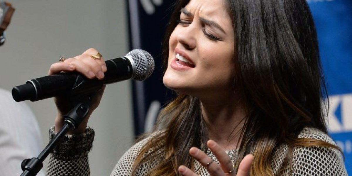Actriz de serie de TV amplía su veta y se transforma en cantante