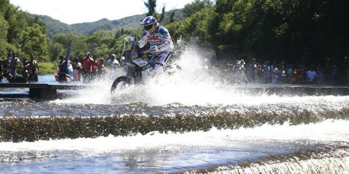 Francisco López abandonó el Dakar tras sufrir una fuerte caída