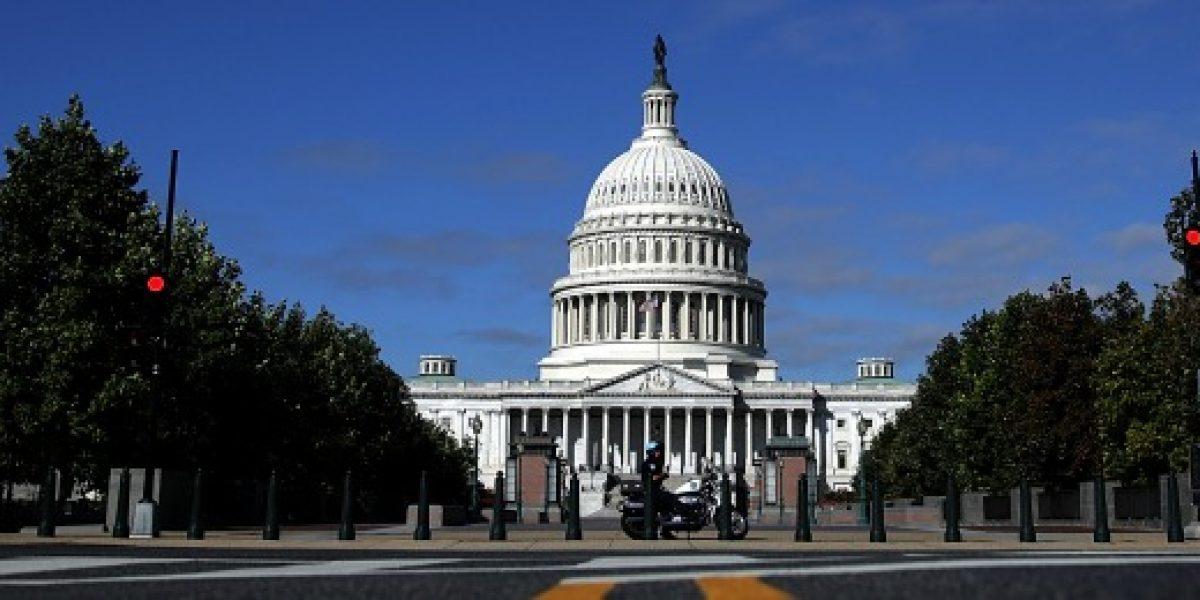 La mitad de los legisladores de Estados Unidos son millonarios