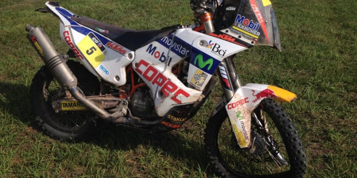 Galería: Así quedó la moto KTM tras la dura caída que dejó a Chaleco sin Dakar