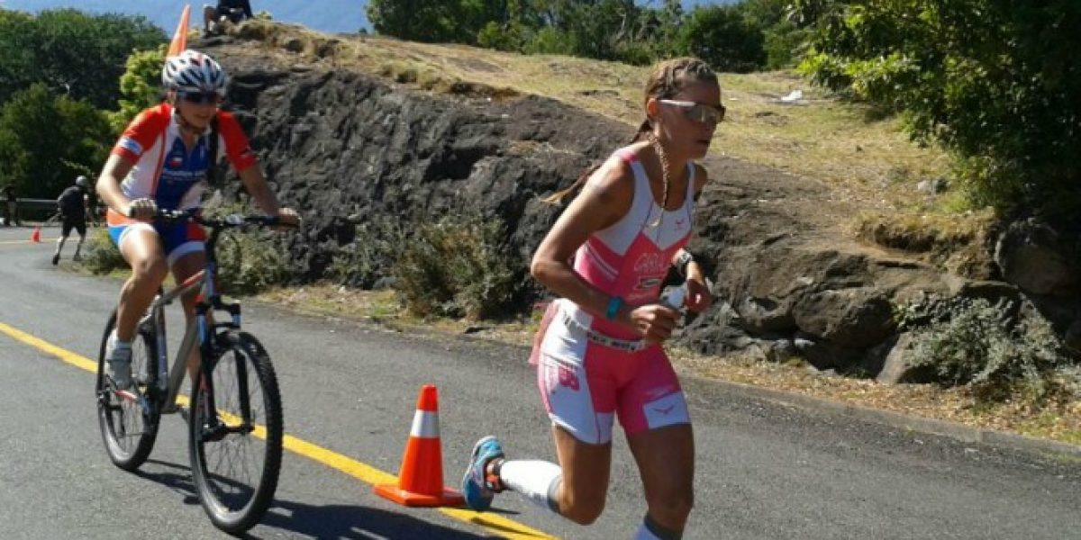 Valentina Carvallo otra vez se lució y es bicampeona en el IronMan de Pucón
