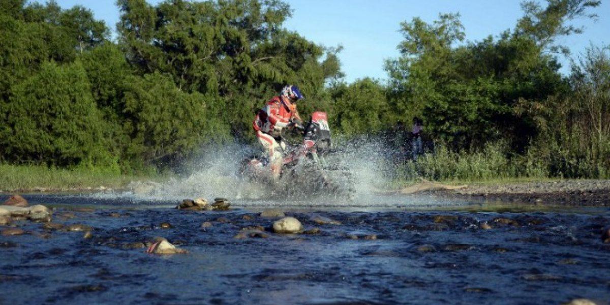Jeremías Israel llegó en sexto lugar y se acerca al podio del Dakar 2014