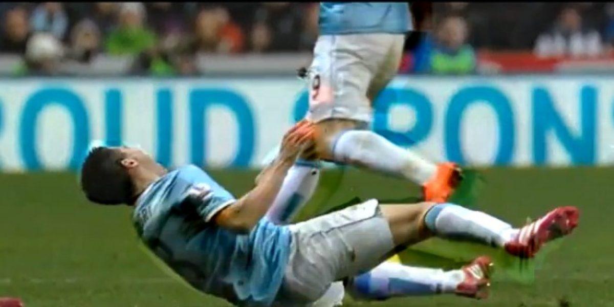 Video: ¡Qué dolor! La fuerte entrada sobre el jugador del City