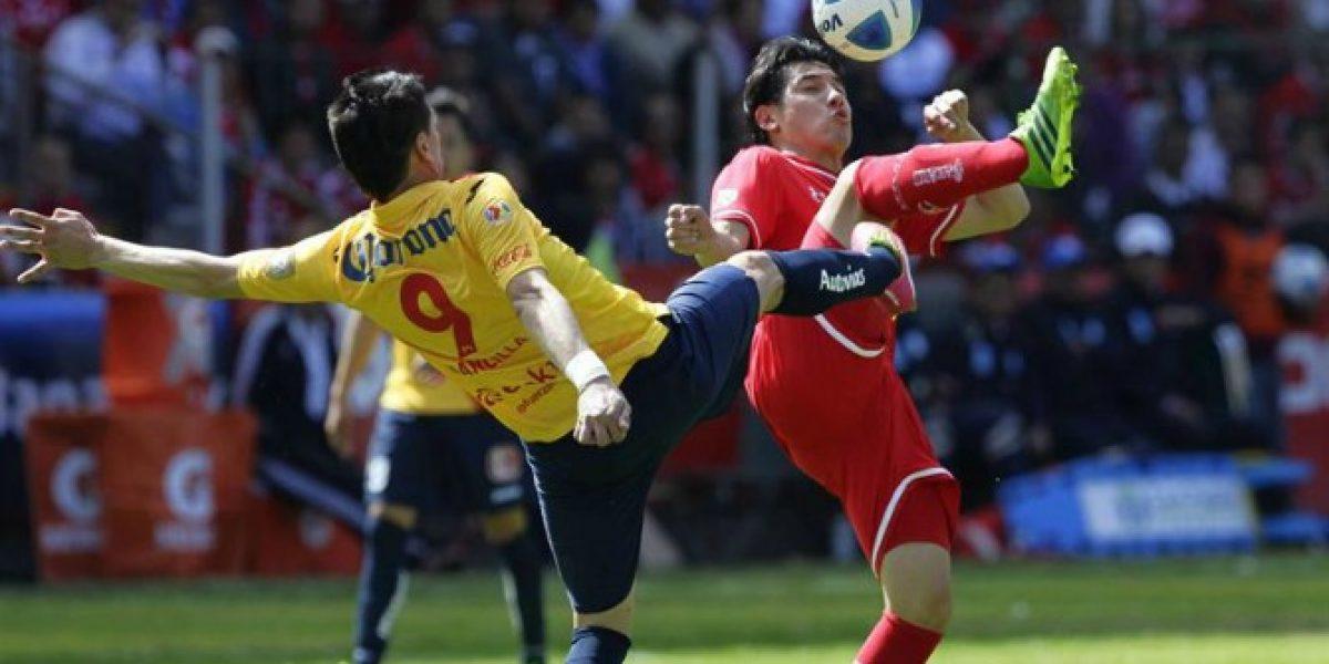Mancilla participa en empate de Morelia ante Toluca en México