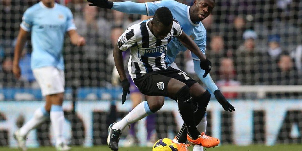 El City celebró en polémico partido y escaló a la cima de la Premier League
