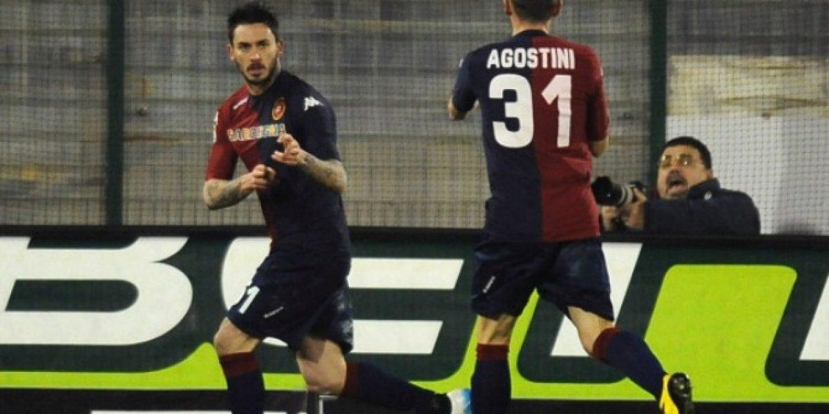Entrenador del Cagliari criticó a Pinilla por su expulsión ante Juventus