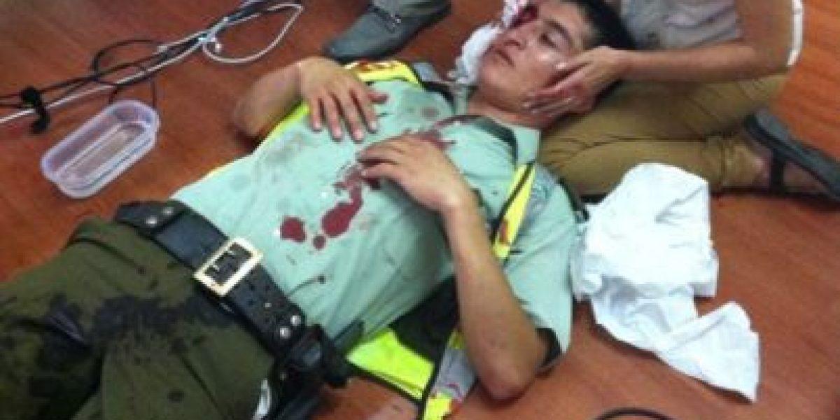 Protesta en Antofagasta deja tres carabineros heridos tras ataque a oficina