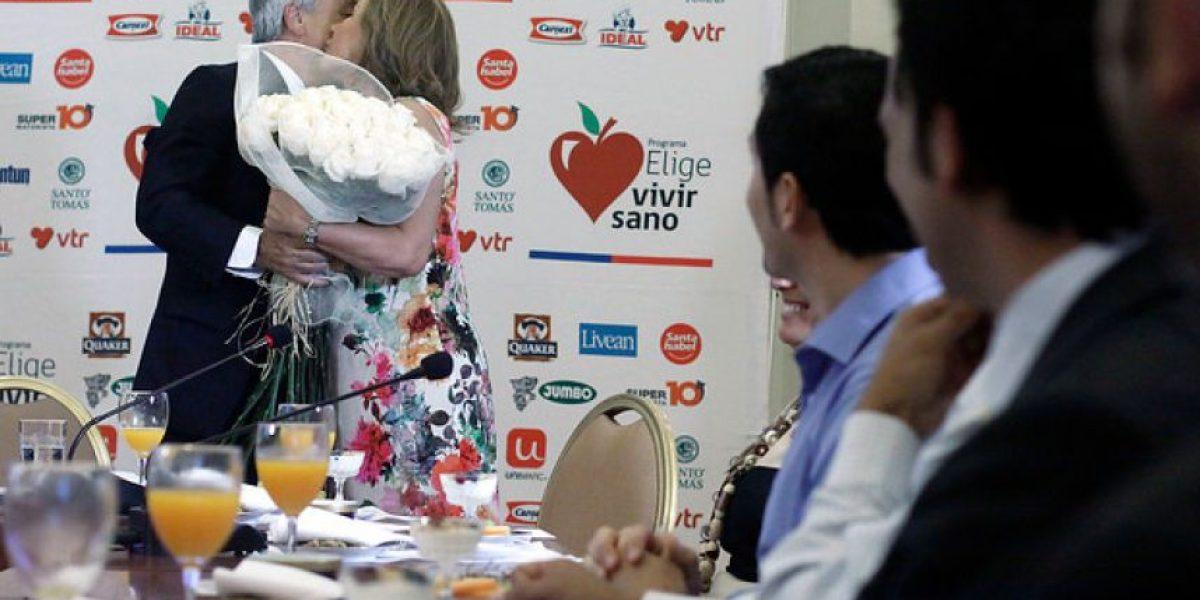 GALERIA: Así fue el saludo de Piñera a la Primera Dama por su cumpleaños