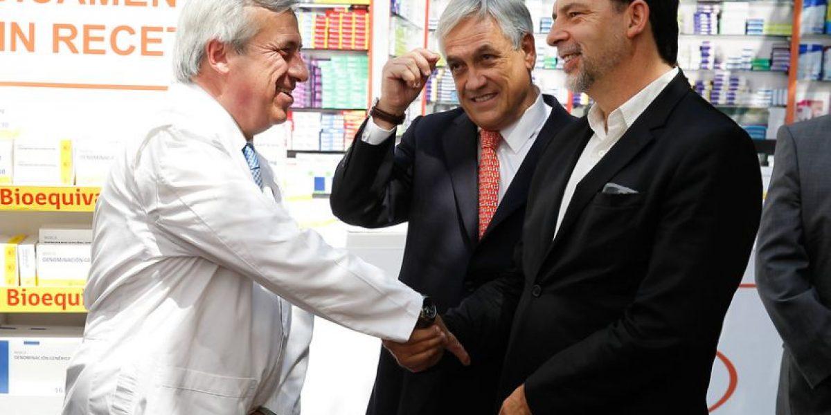 [Fotos] El  encuentro cercano  entre Girardi y Piñera durante  la promulgación de la Ley de Fármacos