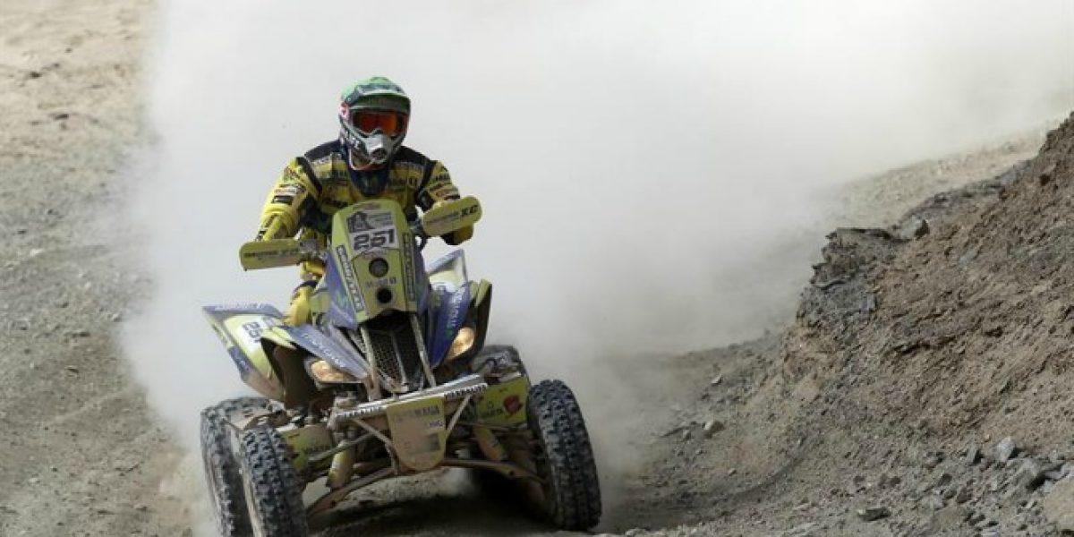 Casale derecho al título: abandonó su escolta en los Quads del Dakar
