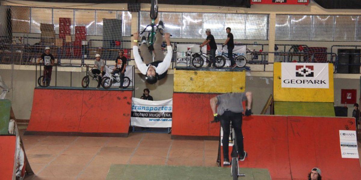 Principiantes se robaron la película en la 1º jornada del torneo BMX en Punta Arenas