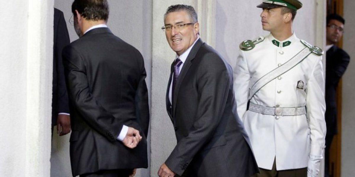 [FOTOS] Integrantes del Cosena llegan a La Moneda para reunirse con el Presidente Piñera